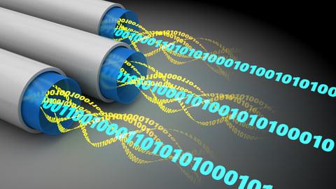Données de l'Internet à l'intérieur des câbles de fibre optique